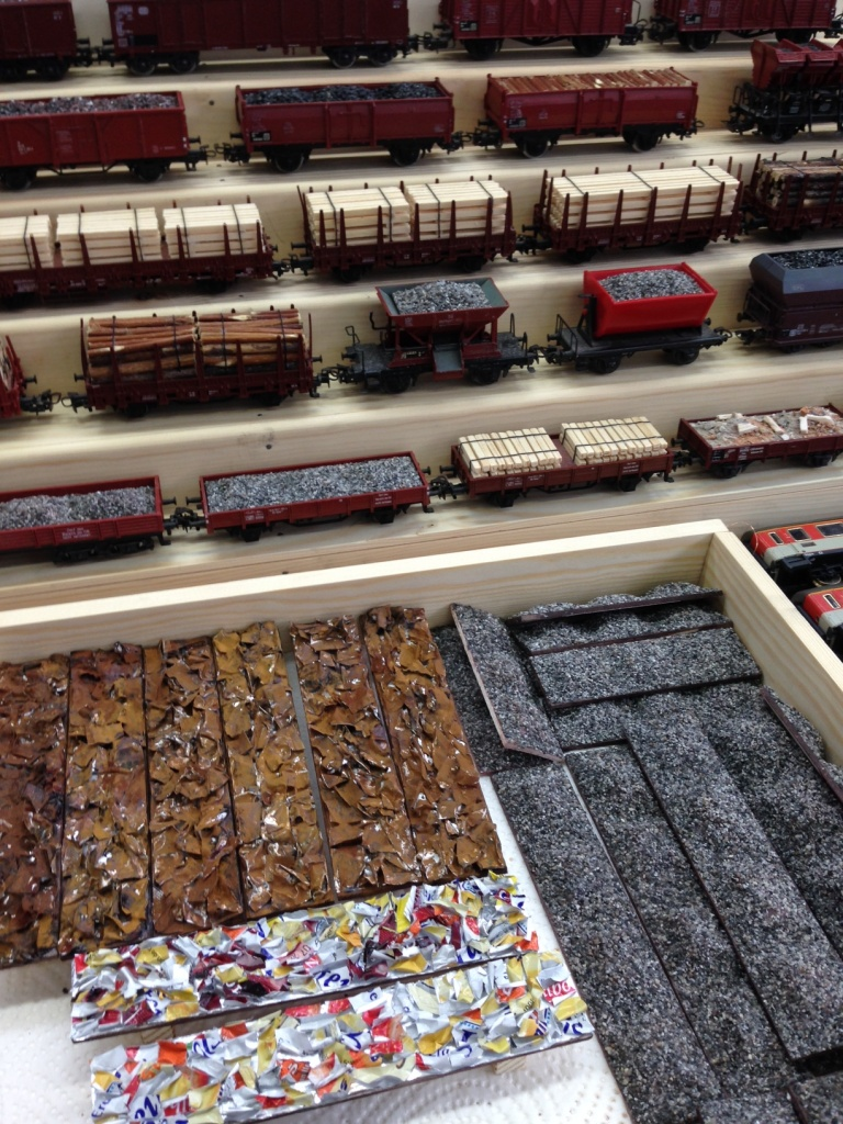 Modelleisenbahn Ladegut Güterwagon